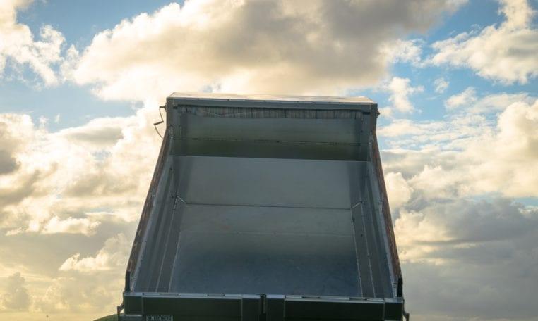 Isuzu NPR-HD - MJ Truck Nation